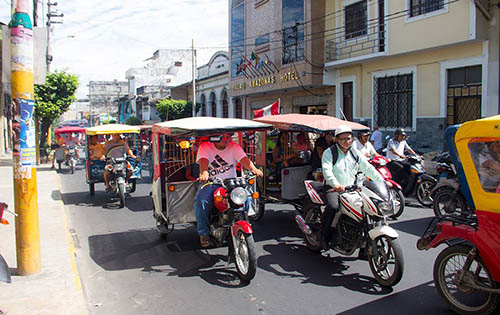 motor taxis2 - The Ultimate Guide to Iquitos for Ayahuasca Travellers